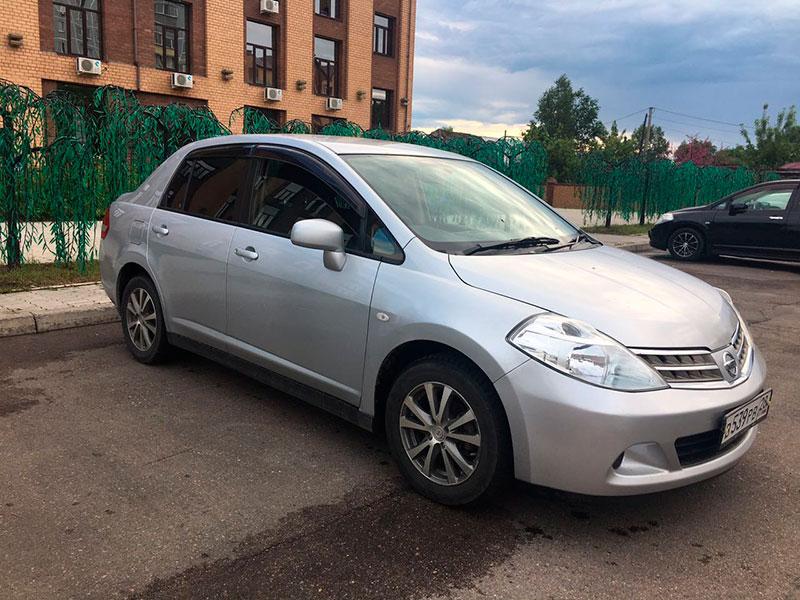 Nissan-tiida-latio-1